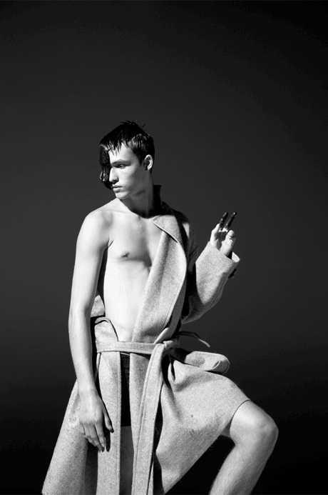 Vogue数字版演绎群魔乱舞动态大片,数字版演绎群魔乱舞动态大片,Vogue,群魔乱舞动态大片